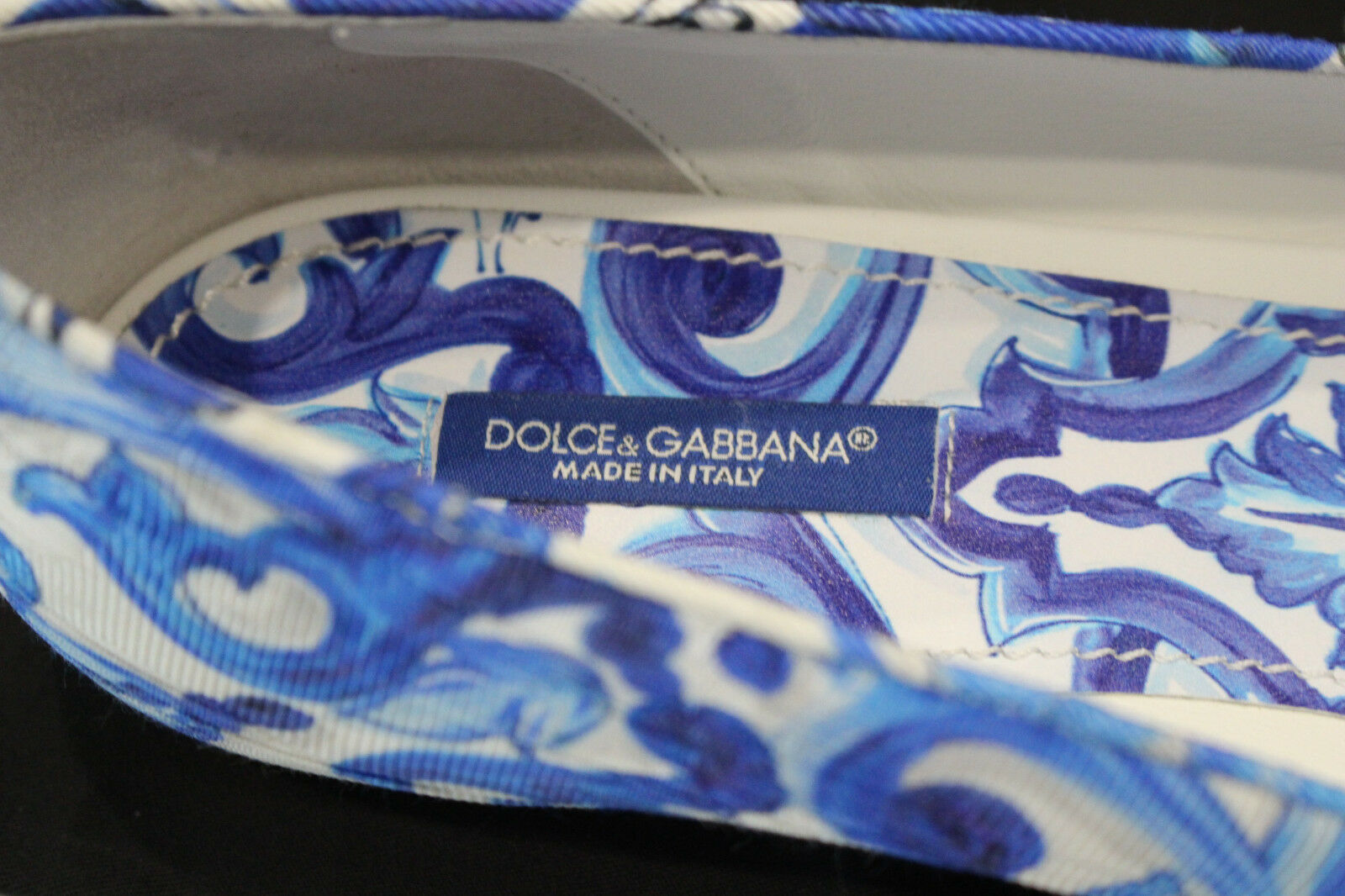As New Size - Dolce & Gabbana Majolica Flat Women Size New 40 04d854