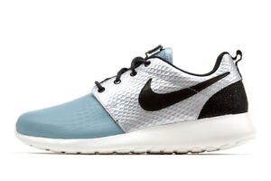 7a76115e7f098 NIKE ROSHE ONE LX SIZE 12 WOMEN S RUNNING TRAINING (881202 002)