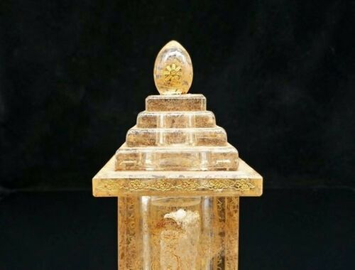 Chinese Antique Natural crystal hand carved pagoda