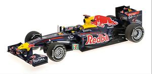 1 18 rojo Bull Renault RB7 Vettel Japan 2011 1 18 • Minichamps 110110301