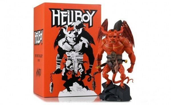 HELLBOY - 1 6 THE FIRST HELLBOY STATUE