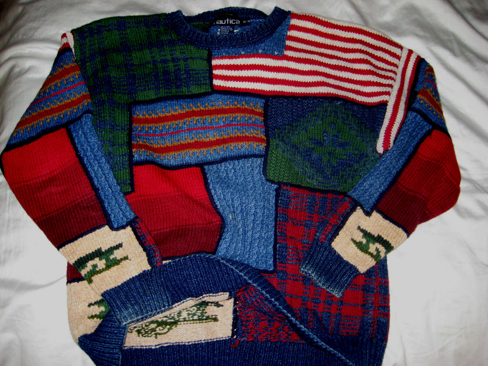 VTG NAUTICA HAND KNIT FOLK ART USA AMERICAN FLAG COTTON CREW SWEATER -NICE  - M