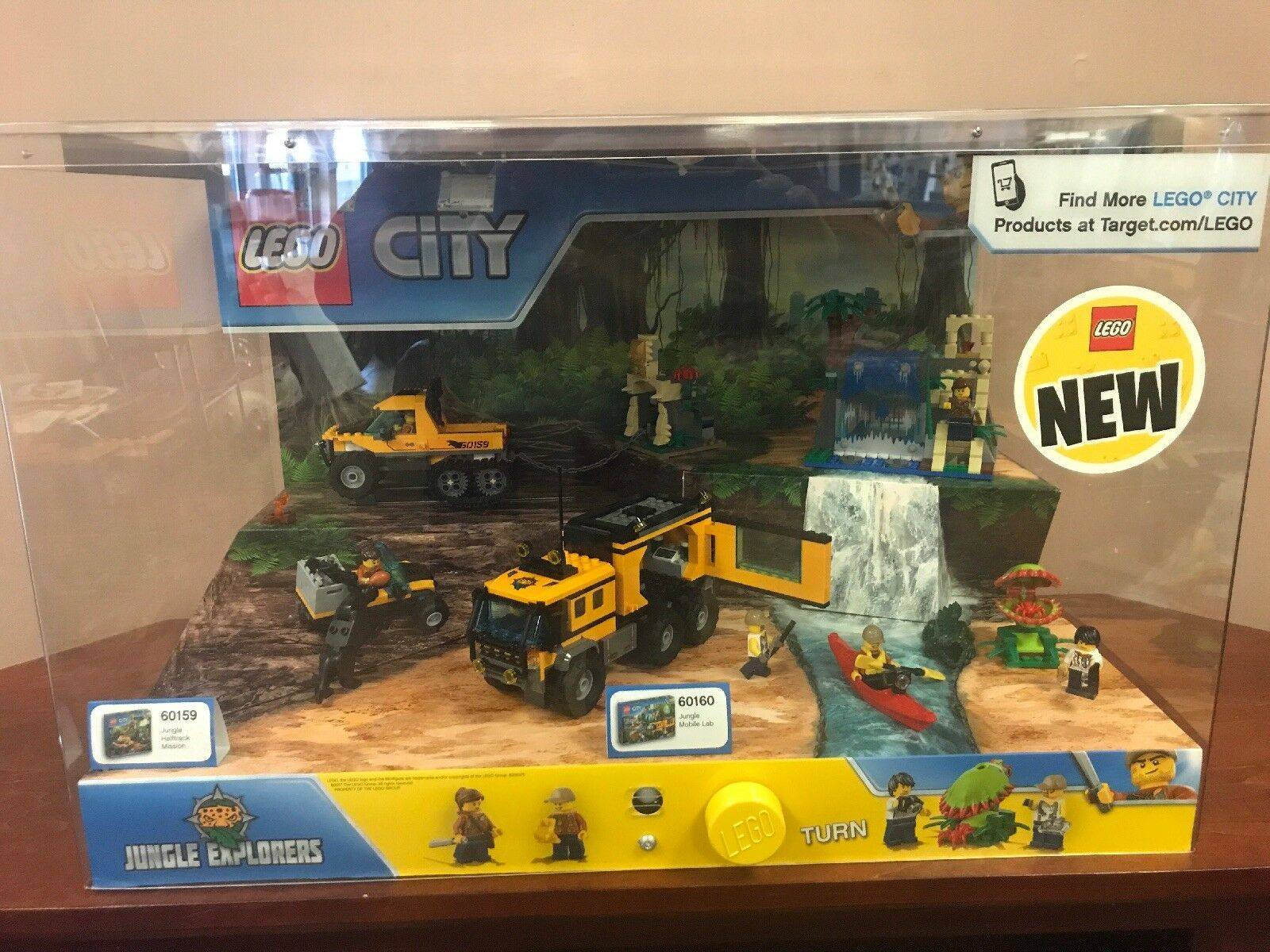 Lego Retail Store Display Lego City Jungle Explorers 60159 & 60160