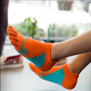 Mens-Casual-Five-Fingers-Toe-Socks-Chaussettes-en-coton-confortables
