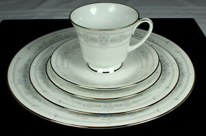NORITAKE-CRYSTAL-BOUQUET-Place-Setting-5-Pieces-LEGENDARY-Collection-4043-FAB