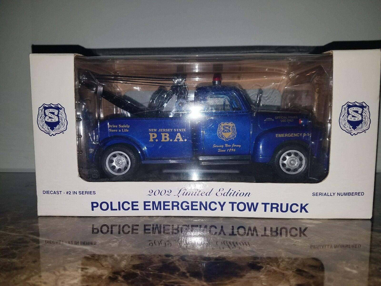 N.j.s.p.b.a. 2002 Edición Edición Edición Limitada Policía De Emergencia Tow Truck-Escala 1 24 -  nuevo  fbeab2
