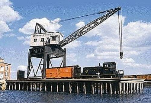 H0 traccia -- KIT Pier con gru -- 3067 NUOVO
