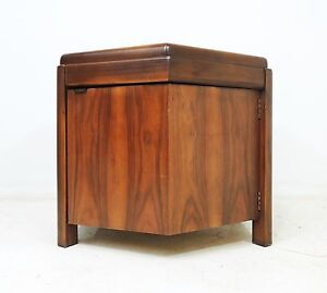 Vintage Mid Century Modern Lane Walnut Finish Wood Octagon Side End