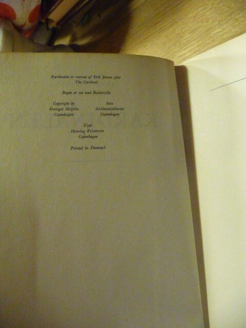 Kardinalen, Henry Morton Robinson, genre: roman