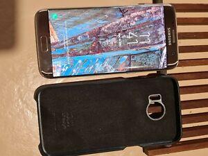 Samsung Galaxy S7 edge SM-G935F - 32 Go - Or (Désimlocké)