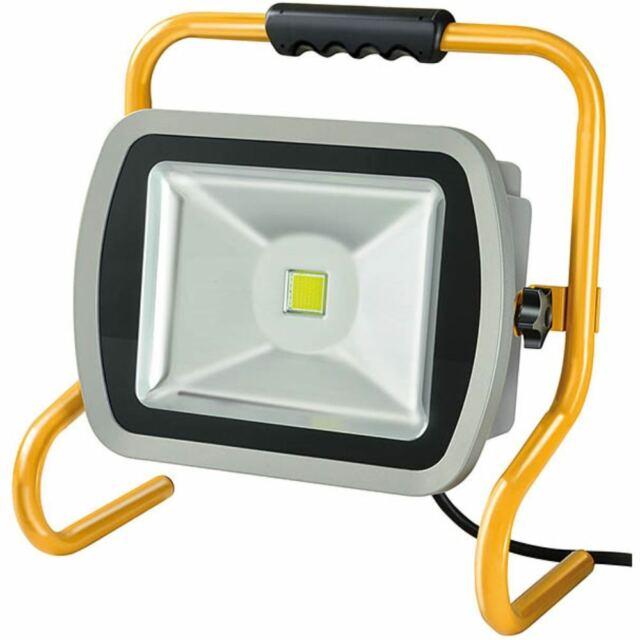 Brennenstuhl Mobile Chip-LED-Leuchte ML CN 180 V2 IP65 5m H07RN-F 3G1,0 80W 6720