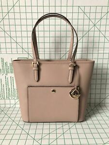 fb3b54ed7df4 Michael Kors Jet Set Item Medium Leather Top Zip Snap Pocket Tote in ...