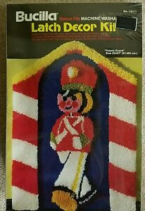 PALACE GUARD Deluxe Pile BUCILLA Latch Hook Decor Kit Christmas Holiday