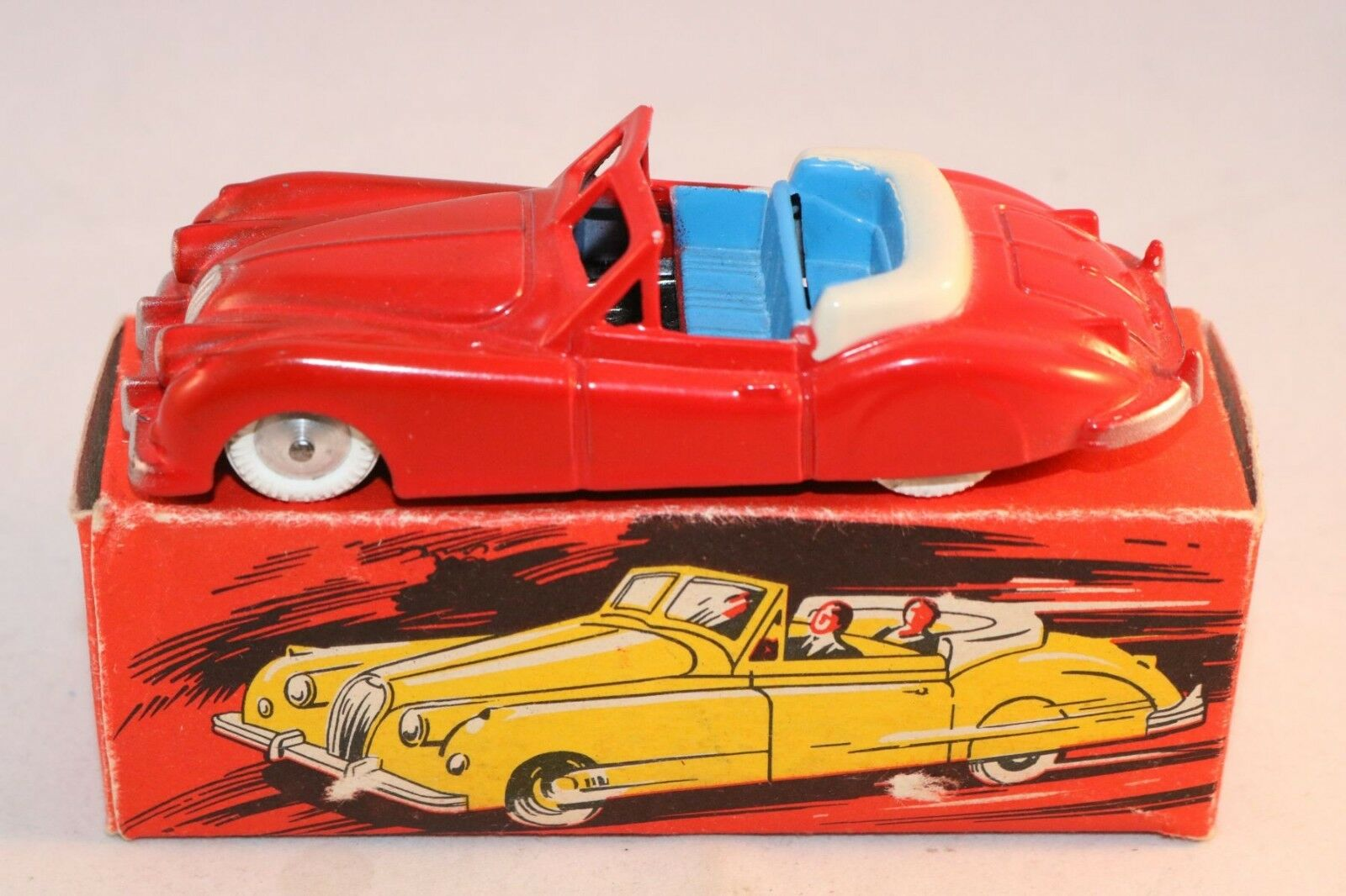 Quiralu Jaguar XK 140 rosso perfect mint in box all original in great condition
