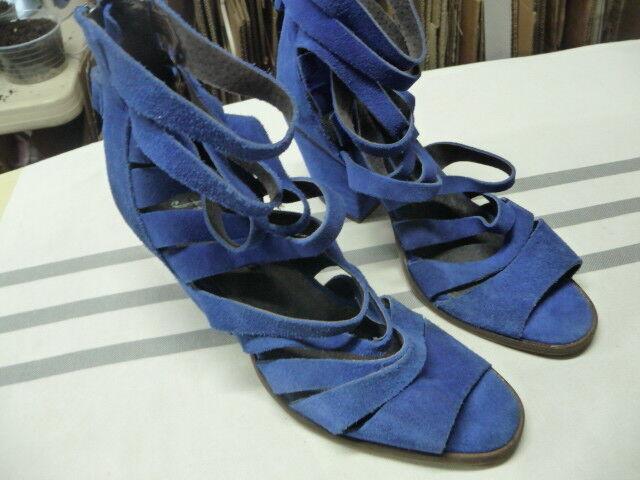 Free People Cayman bluee Suede Heels Tassle sandals Size 39