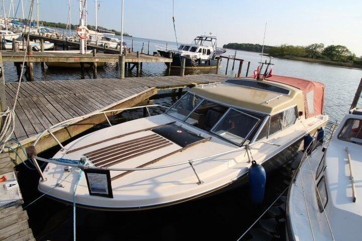 Reinell RV 2470 Cabin Cruiser, Motorbåd, årg. 1974