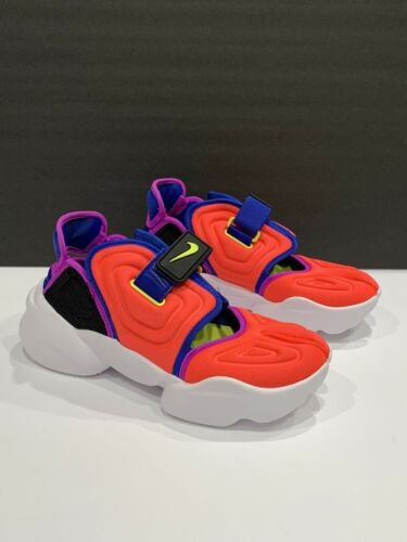 Nike Womens Aqua Rift Sneaker Size 7