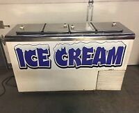 Antique Vintage Frigidaire refrigerator w/ freezer. Beautiful and works. 1940's.