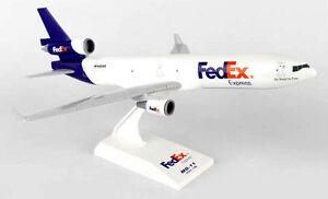 FedEx-Federal-Express-MD11-1-200-SkyMarks-SKR088-Flugzeug-Frachter-MD-11-MD11F