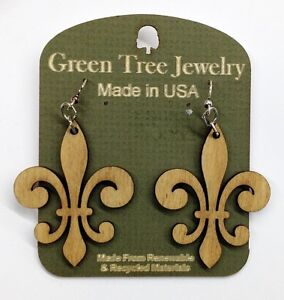 Earrings-Fleur-de-Lis-Design-Lazer-cut-wood-Natural-Wood-Color