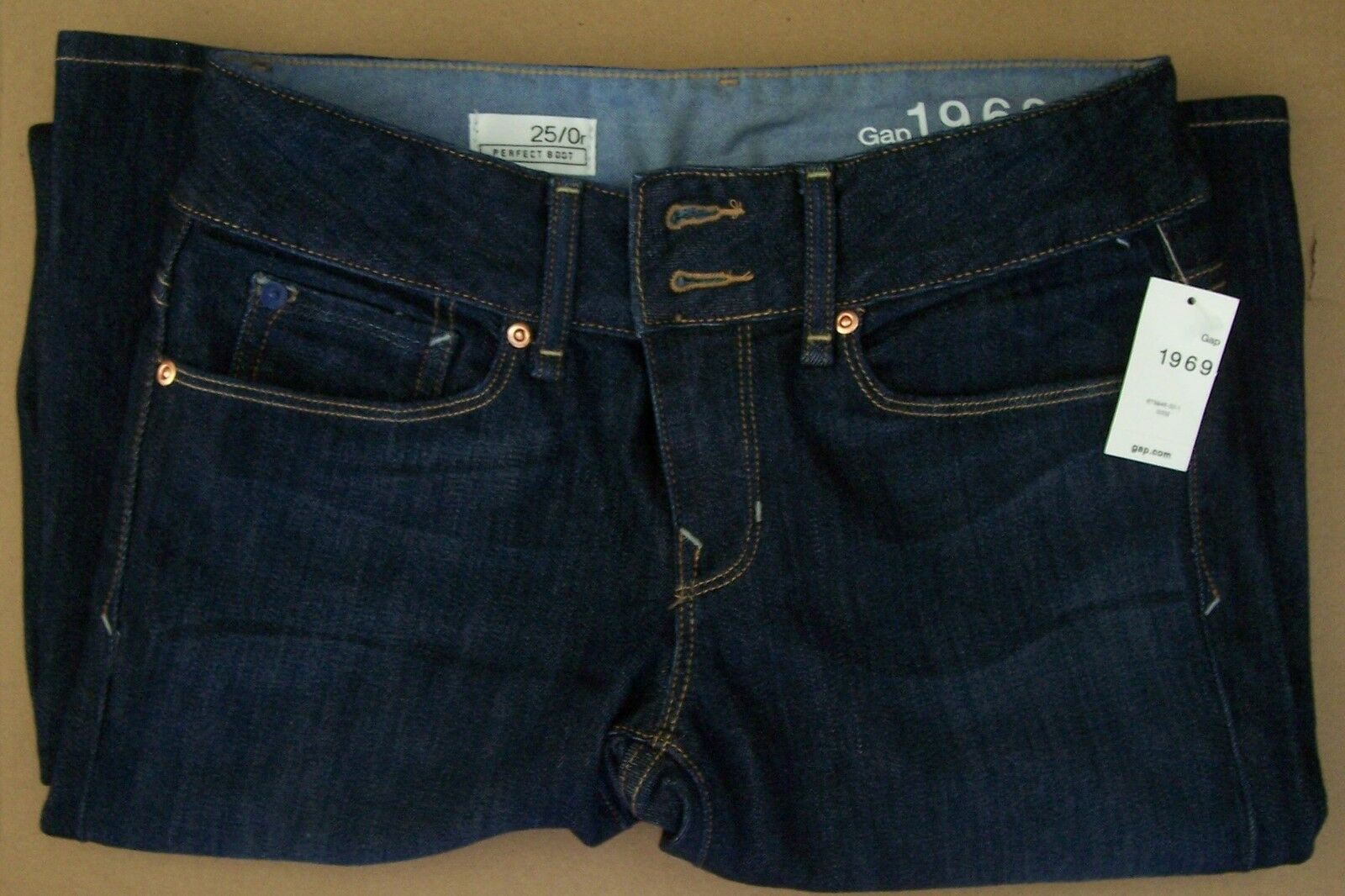 1 Pair GAP 1969 Perfect Bootcut Jeans color Dark Size 0R NWT