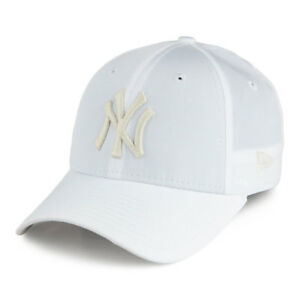 New Era 9FORTY MLB New York Yankees Optic White Womens Curved Peak ... f86a3921aed4