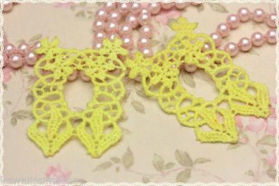 Coppia pizzo macramè Creare orecchini  Colore  Rosa perlato misura 6cmX7.3cm