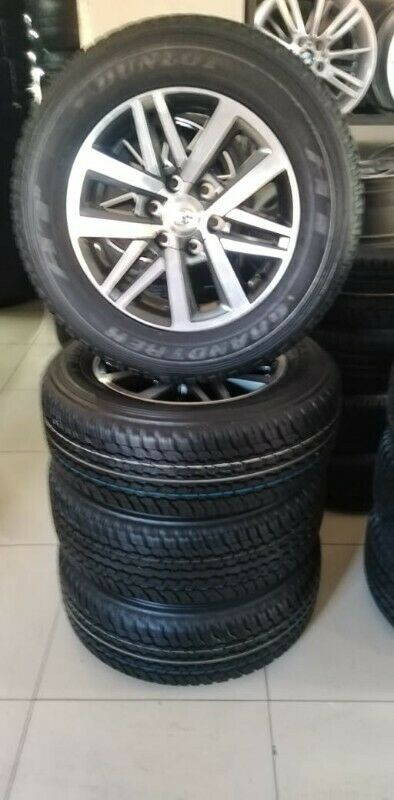 Toyota Fortuner 18 inch mags and tyres  set of 4