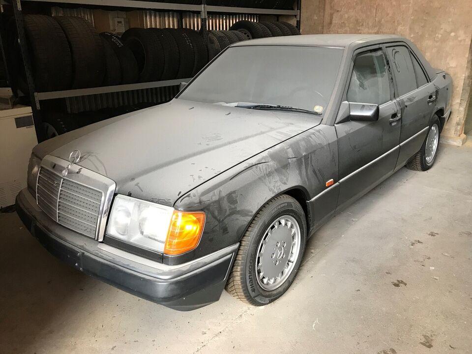 Mercedes 300 E, 3,0 Limousine aut., Benzin