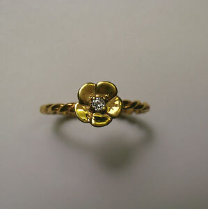 14 KT SOLID YELLOW GOLD FLOWER RING WITH DIAMOND SZ 9.5