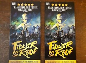 2-DIFFERENTS-FLYERS-FLYER-MUSICAL-WEST-END-LONDON-FIDDLER-ON-THE-ROOF