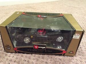 Burago Ferrari F50 1995 Gold Collection 1/18 Red Scale Toy Model Car