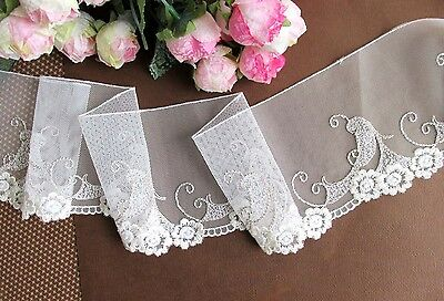 9.5 cm width Exquisite Creamy White/Khaki Embroidery Mesh Lace Trim