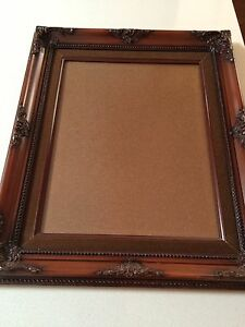 WALL-HANGING-PHOTO-FRAME