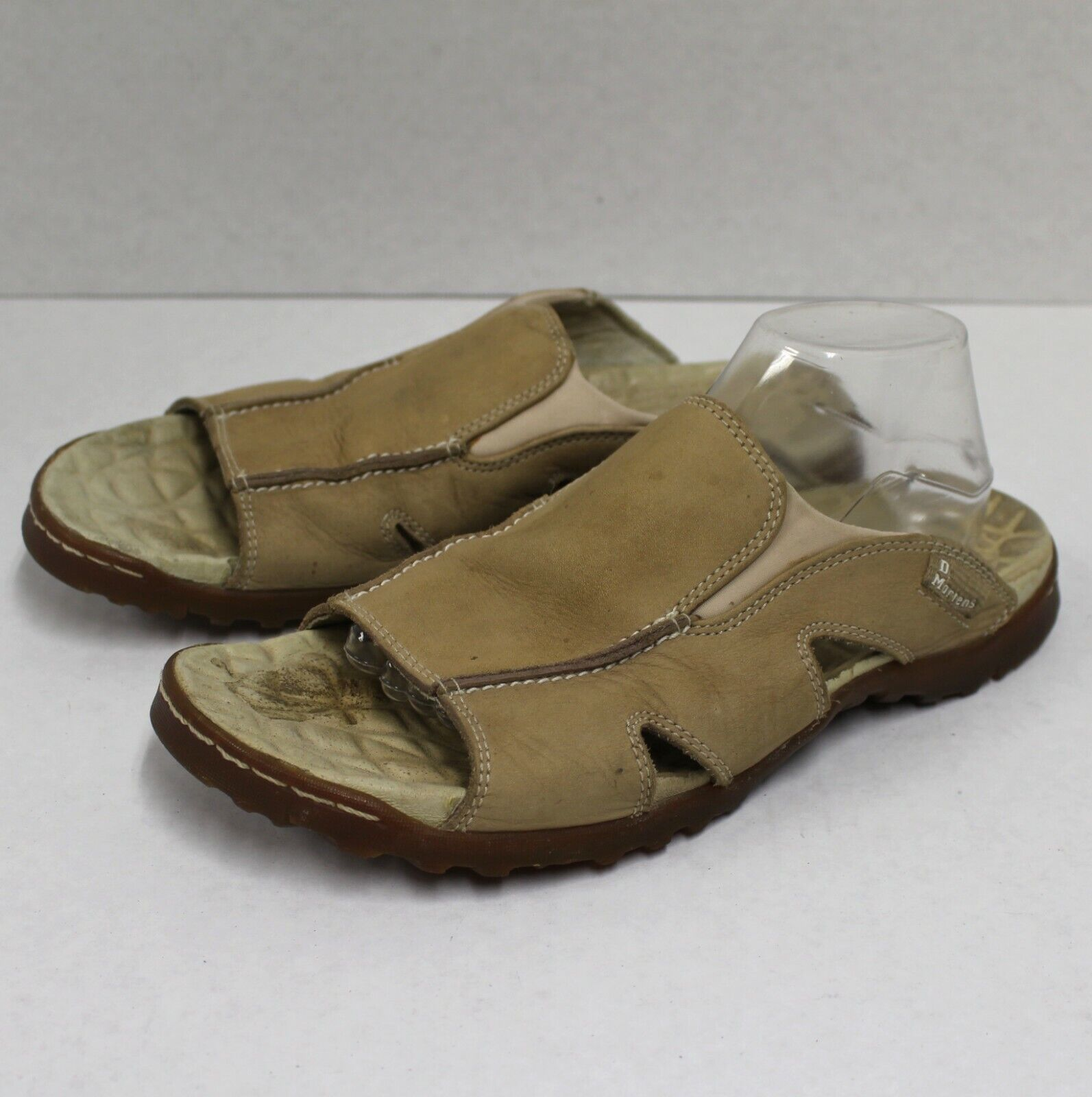 3736 Dr. Martens Men 11 Flats Flip Flops Leather Beige Air Cushion Sole shoes