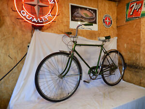 1968 SCHWINN COLLEGIATE MENS 5-SPEED SPRINT ROAD BIKE SPEEDSTER RACER SUBURBAN