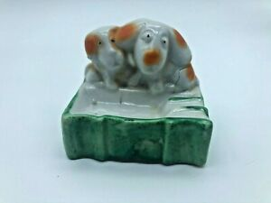 Vintage Porcelain Japan Ashtray Pair of Cute Dogs AS9