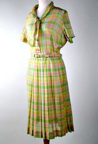 Vintage 50's Pastel Plaid Fit & Flare Cotton Shirt