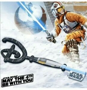 Disney-Star-Wars-May-the-4th-Be-With-You-Collectible-Key-IN-Hand-ships-today