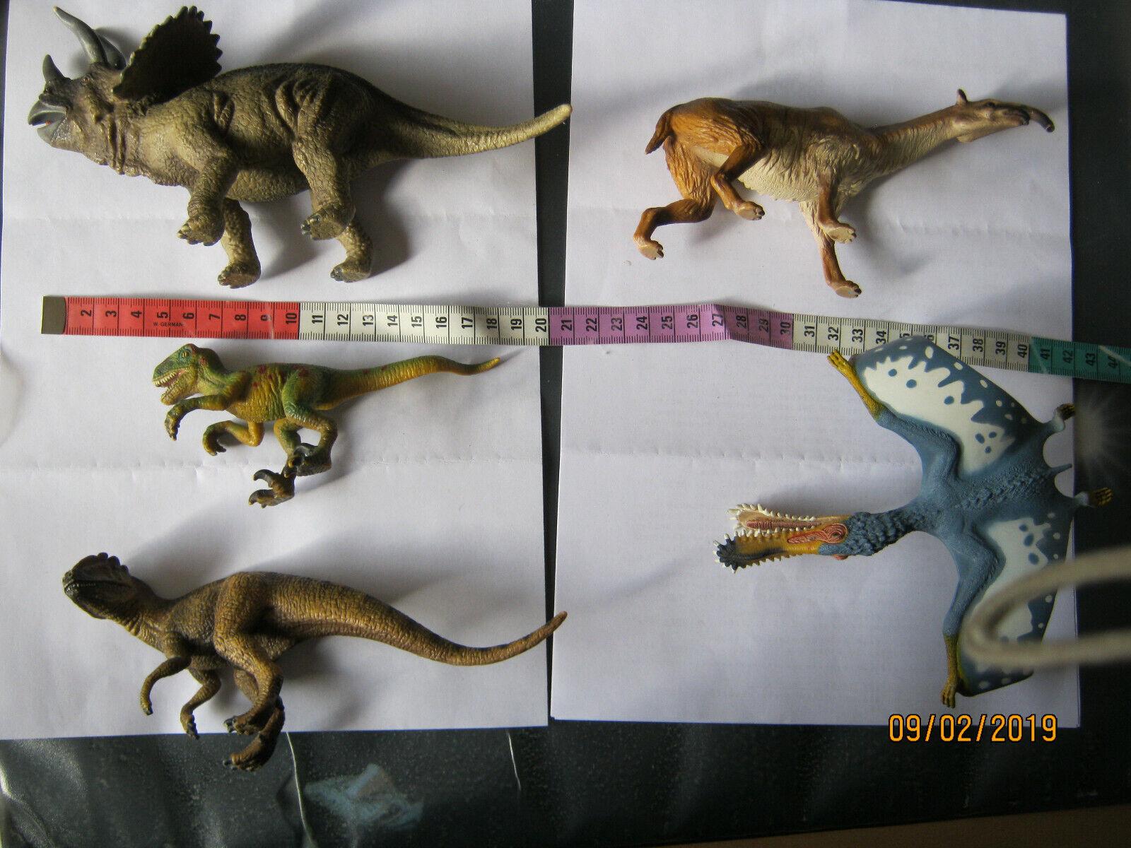 Schleich Tiere. 5 Stück. Dinos. Dinosaurier. Dinosaurier. Dinosaurier. Urzeit. Saurus. Flugsaurier. 63bed5
