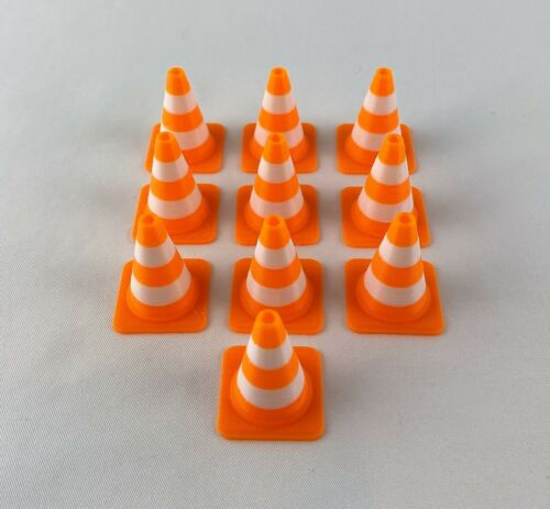 New 10 Traffic Safety Cones 1//10 Scale for RC Cars Rock Crawlers or Drifting