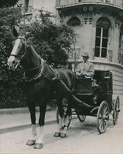 PARIS c. 1947 -  Cocher  Fiacre  Cheval   - DIV 9632