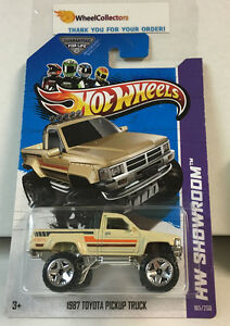 1987 toyota pickup truck 165 tan 2013 hot wheels f4. Black Bedroom Furniture Sets. Home Design Ideas