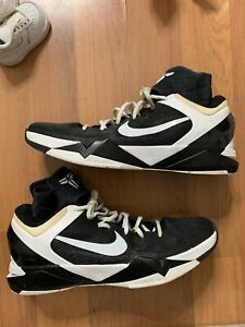 Nerebianche Uomo 15 Taglia Scarpe da Kobe pallacanestro Id Nike 7 5j4RAL3