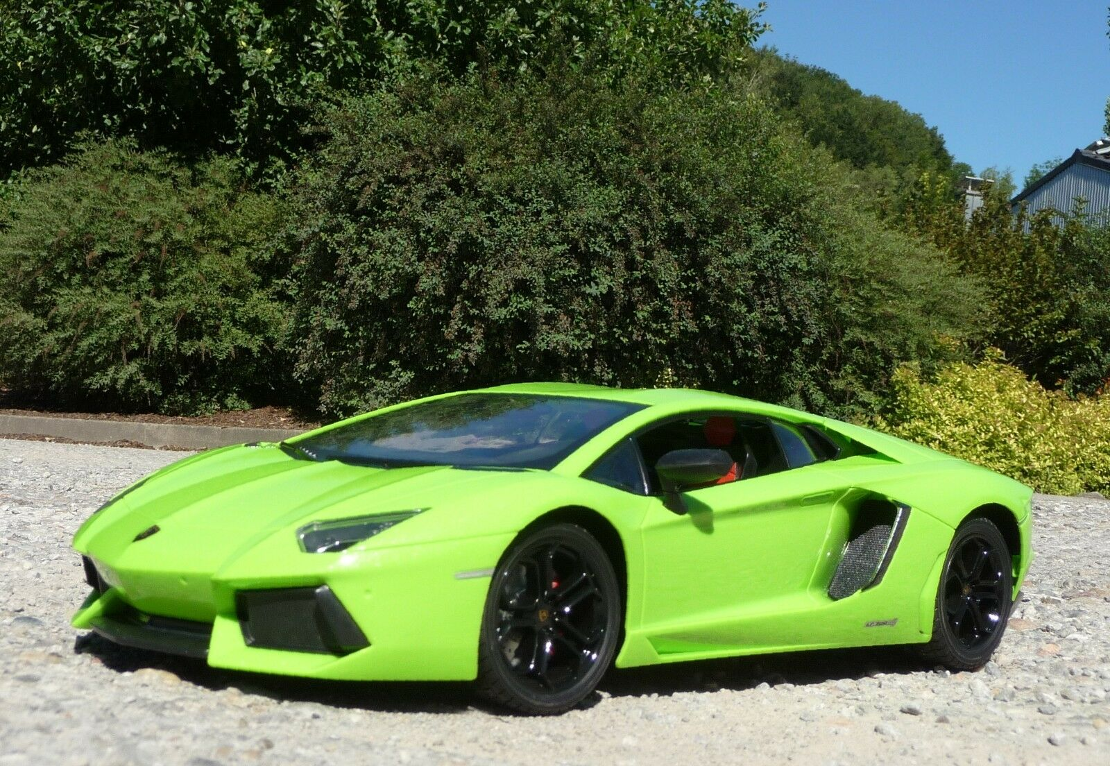 RC Lamborghini AVENTADOR mit AKKU + LICHT 1 10 48cm Ferngesteuert 2,4-GHz  50011