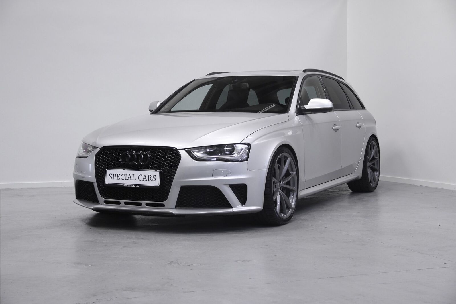 Audi RS4 4,2 FSi Avant quattro S-tr. 5d - 3.299 kr.
