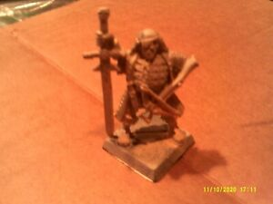 Warhammer Mordheim Witch Hunter #3 with Sword and crossbow Empire