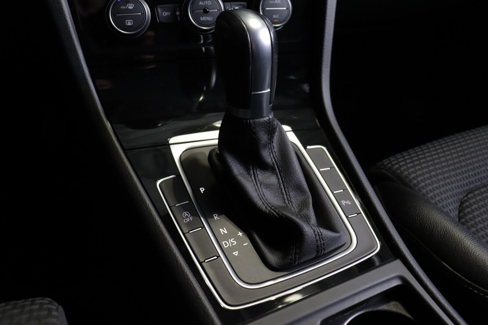 VW Golf VII TDi 150 Highline Variant DSG