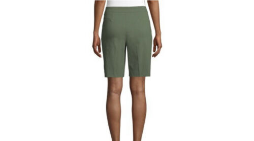 Women's Time and Tru Sage Green Bermuda Pull On Stretch Shorts Size S 4-6 New