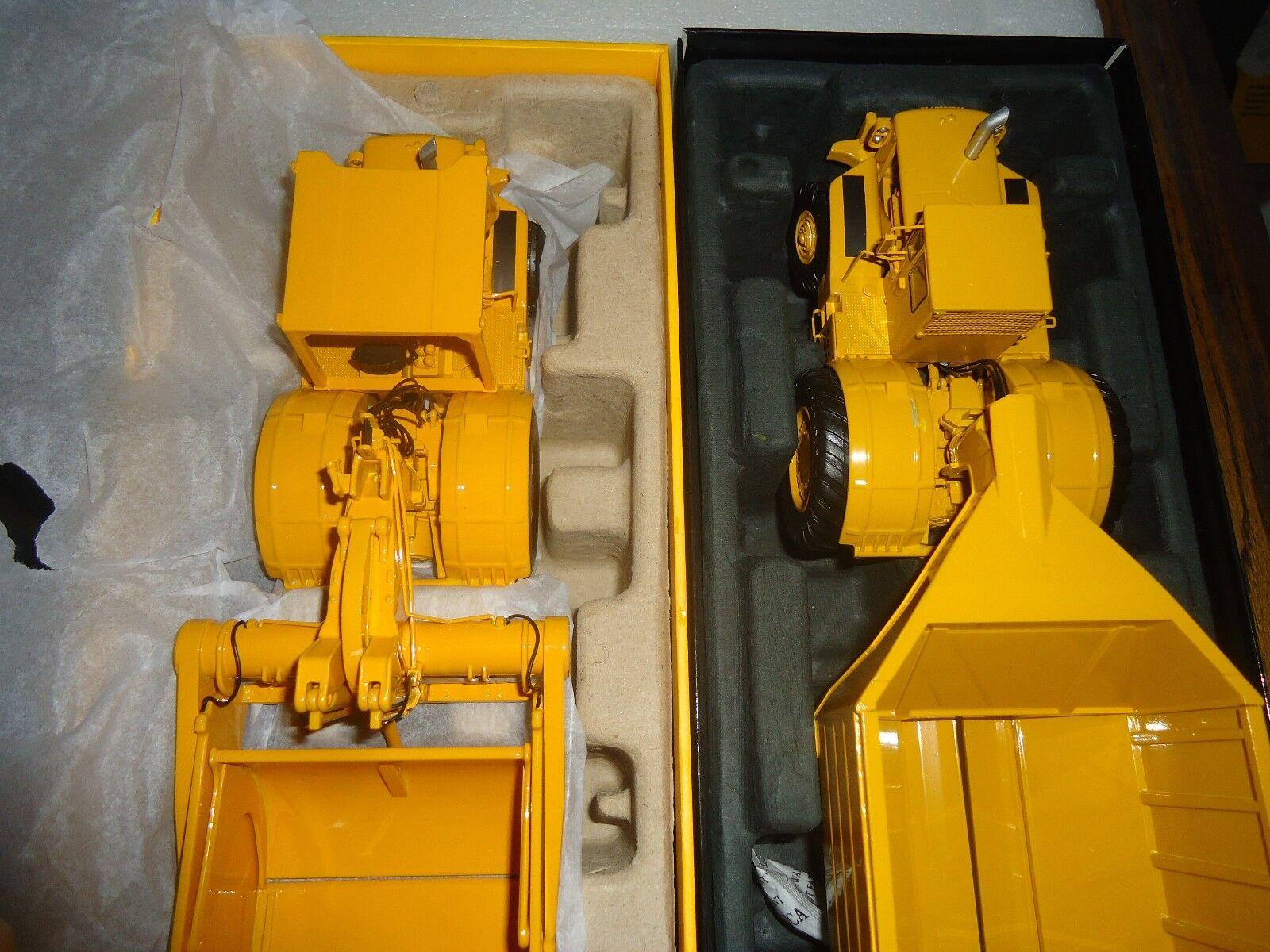 consegna e reso gratuiti Caterpillar 660 Scraper e A Caterpillar 660 660 660 Hauler By classeic Const. modellos  in vendita